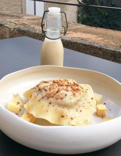 Soupe à l'Oignon et sa Raviole de Foie gras